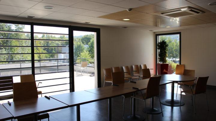 Photographie de la salle à manger du premier étage